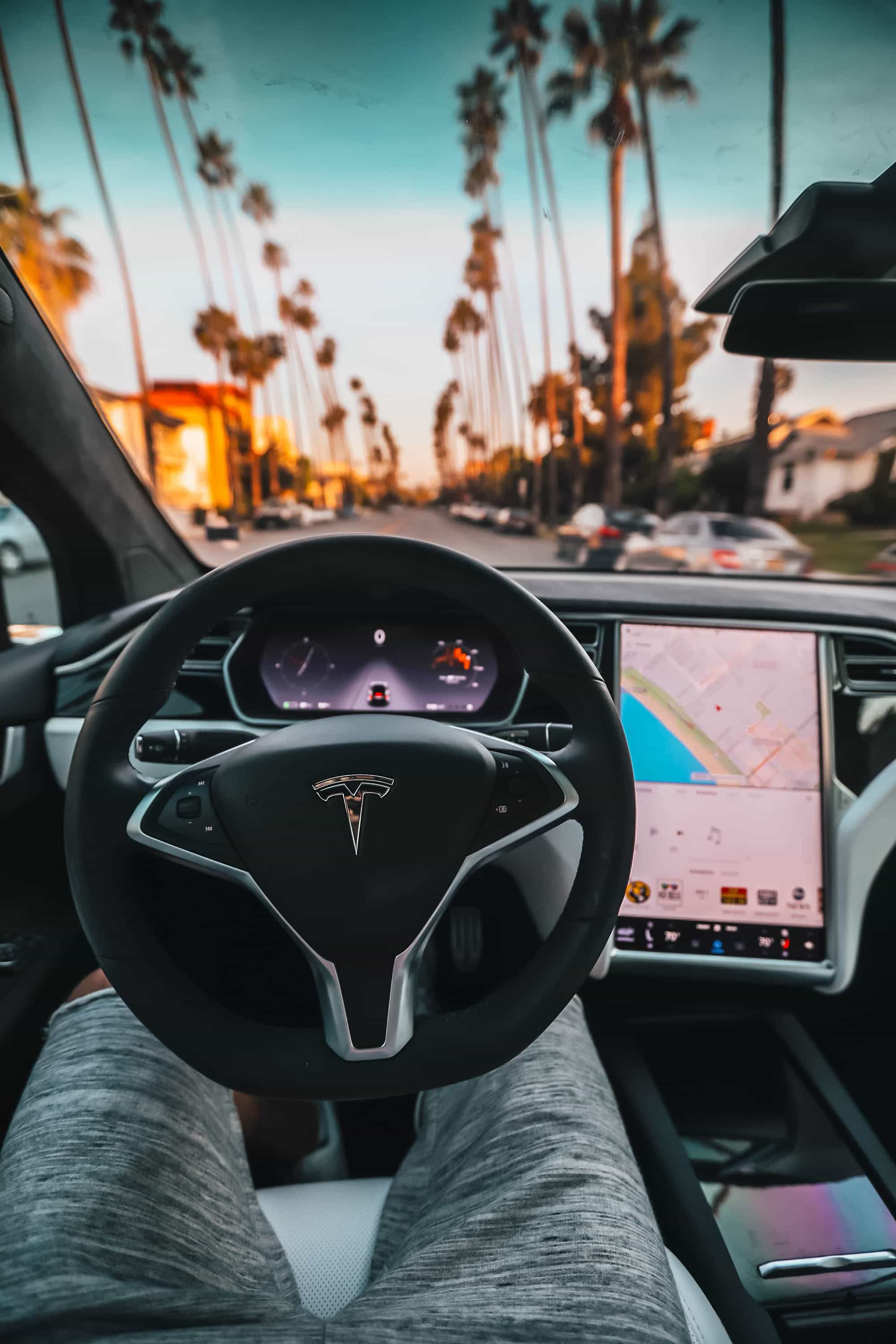 tesla driving technology
